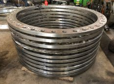 Flanges (Fittings)